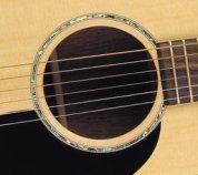 acoustic guitar sound hole