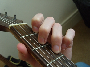 photo of D minor open chord