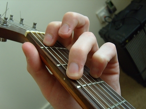 photo of G minor open chord
