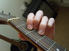 photo of D major chord