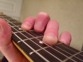 3rd finger double stop on G and B strings