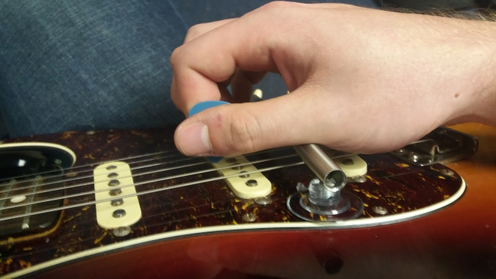 picking using the Wristrest